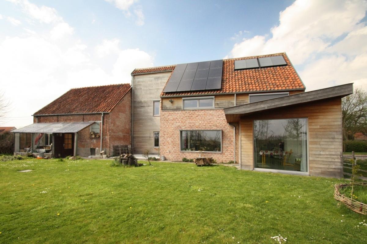 Renovatie van hoeve tot lage energie woning projecten bast - Renovatie huis exterieur voor na ...